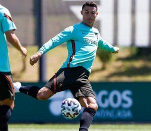 葡萄牙超級球星C羅將率隊挑戰歐國盃衛冕。圖:擷取自cristiano/IG