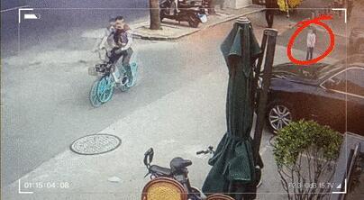 北京:粗心家長淘氣娃 警察叔叔幫你找回家